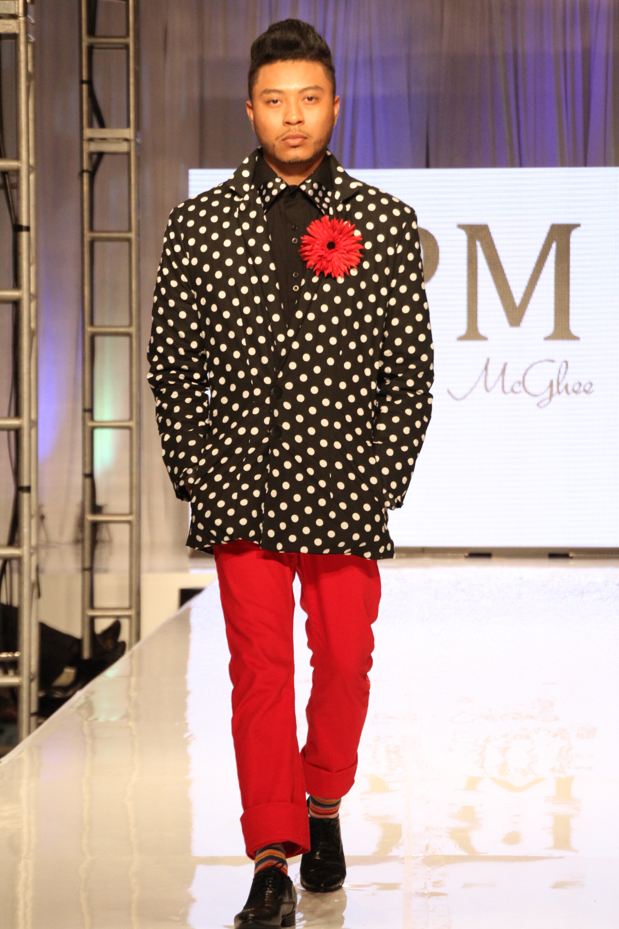 Anne-Phillips-Photography-FWTB-2014-runway-Audrey-Pat-McGhee-IMG_8509